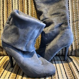Shoes - Slouchy boot